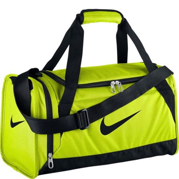 a0f8f98b93 NIKE Volt  Black Brasilia Duffle Bag. M 5a612c915512fdaf9782099f